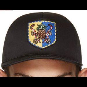 Gucci Black Crest Baseball Cap Size M
